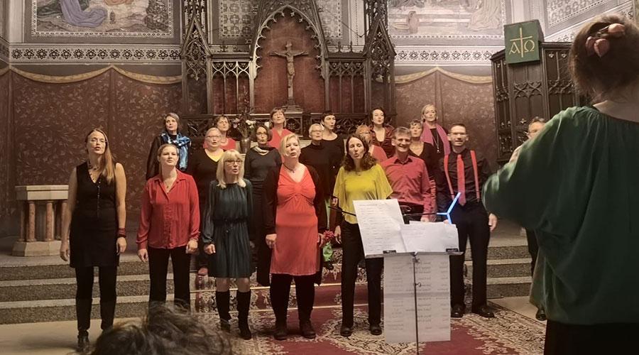 Konzert von Salto Chorale in der Osterkirche Berlin-Wedding