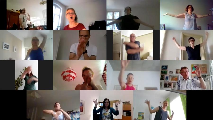Salto Chorale Berlin probt via zoom auch das Einsingen